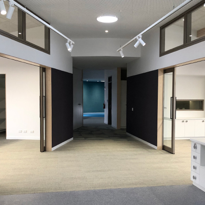 image of acoustic sliding doors installed in a school to create flexible learning areas