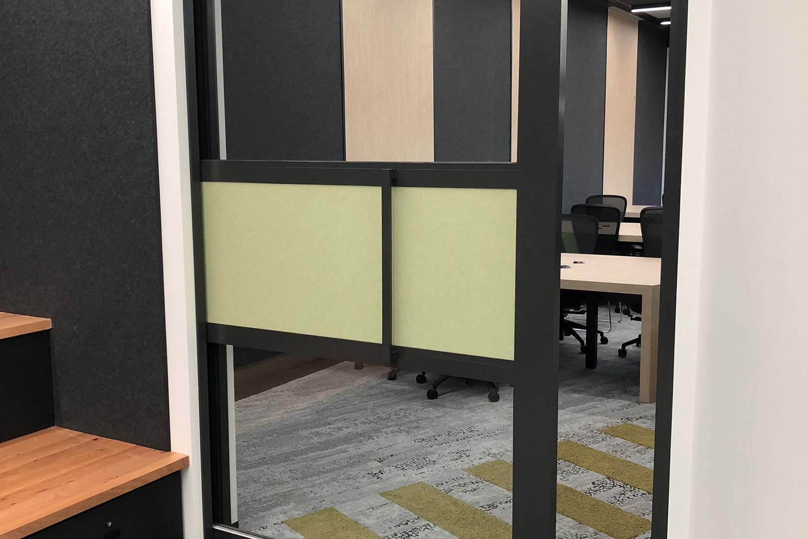 image of GLYDE acoustic sliding door system with Rw32 rating