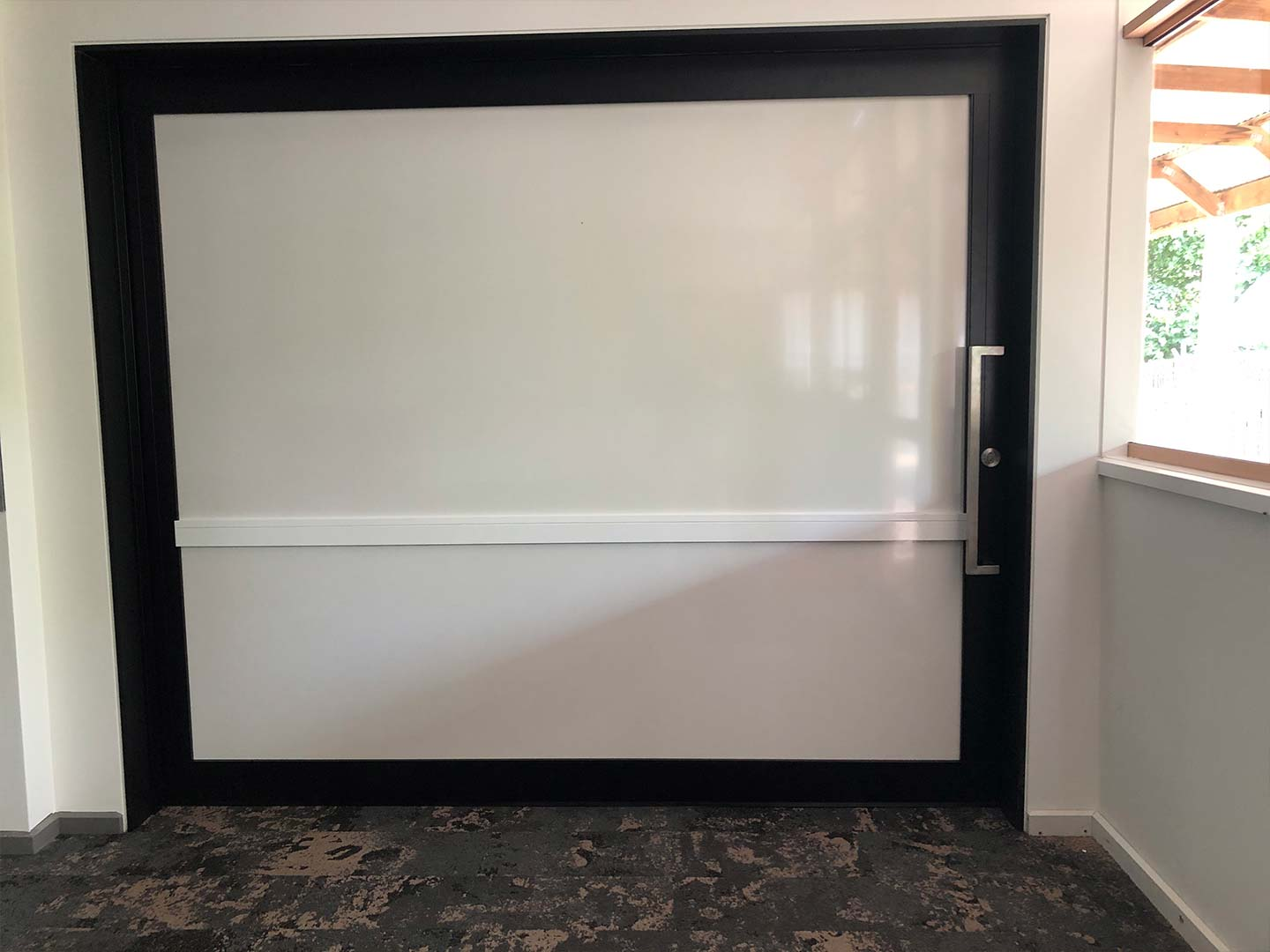 image of acoustic sliding door system installed at a primary school