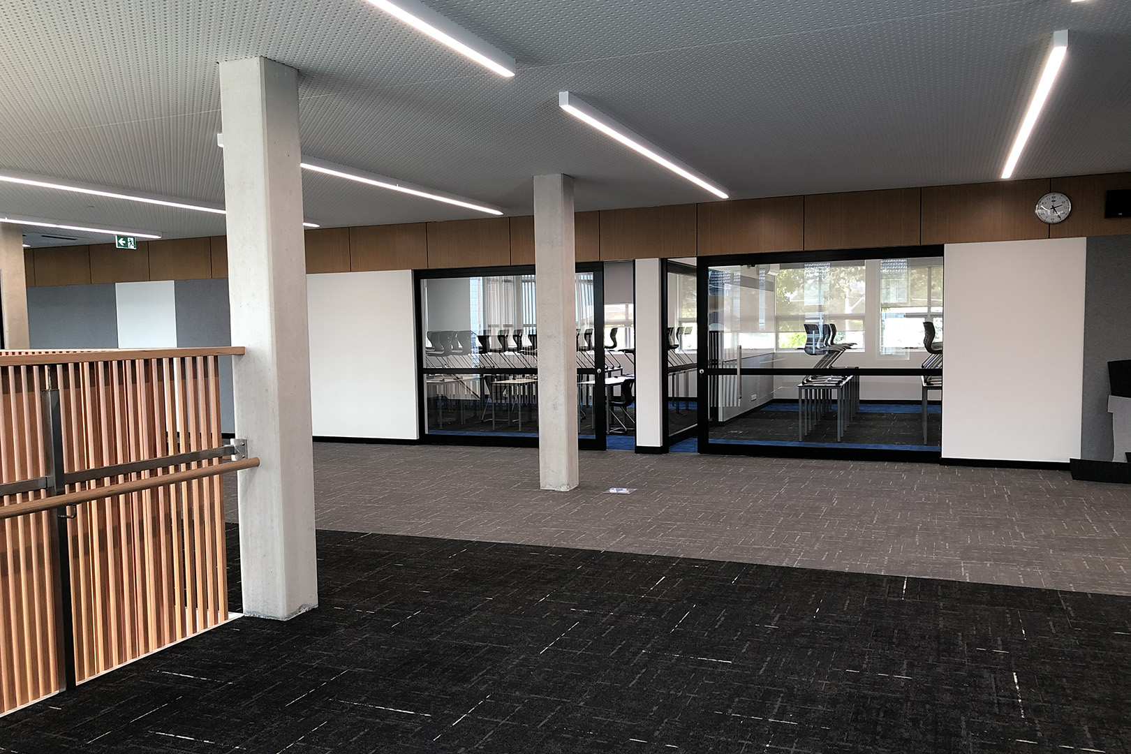 image of acoustic sliding doors in a secondary school